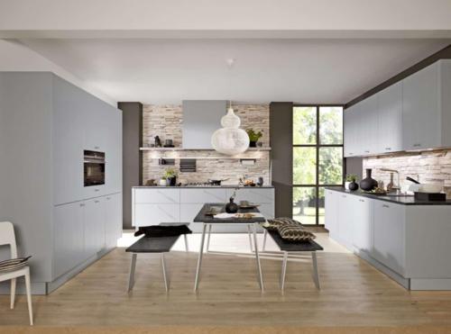Kitchen-feature-flooring